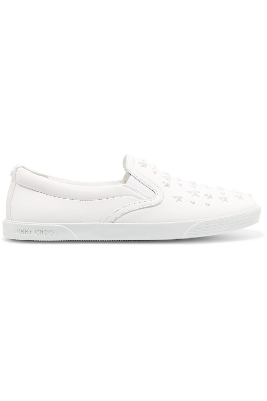 5 Sneakers Putih yang Cocok untuk Pengantin