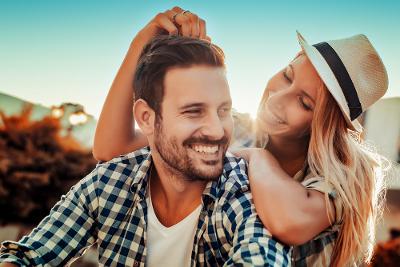 5 Zodiak dengan Percintaan Lebih Cerah Tahun 2017