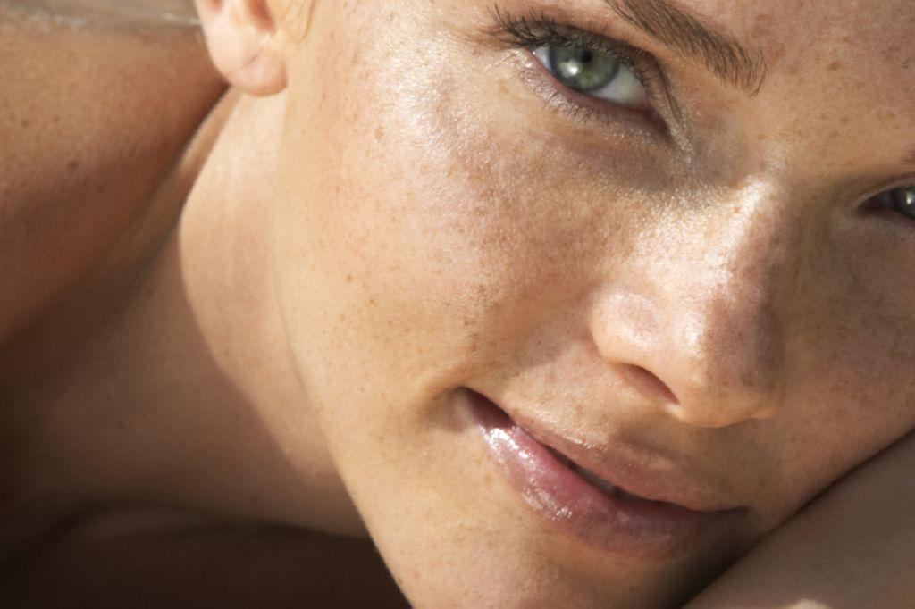 Cara Menghilangkan Flek Hitam pada Wajah yang Membandel