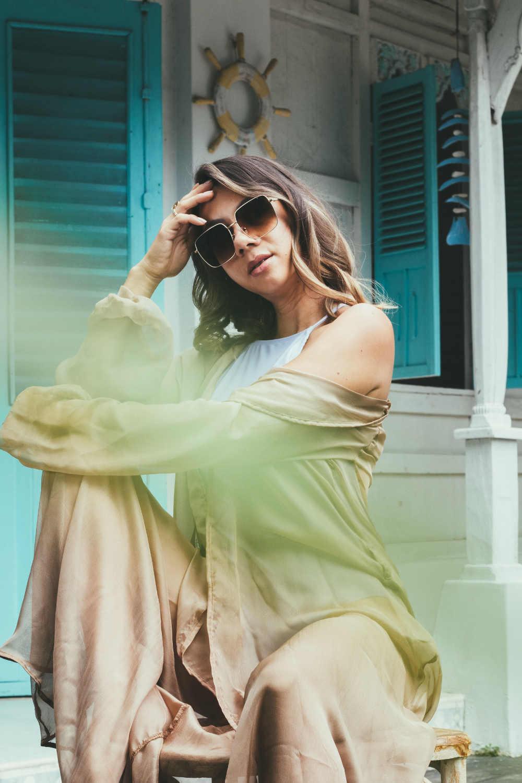 Koleksi Kacamata Elegan 'Scali x Jennifer Bachdim'