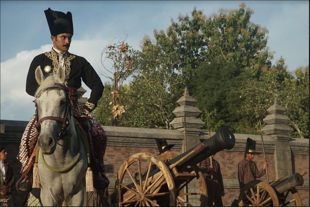 Review Film: Sultan Agung: Tahta, Perjuangan, Cinta