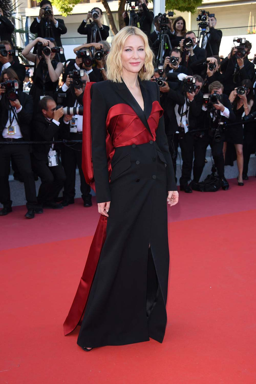 Spotted: Cate Blanchett Mengenakan Alexander McQueen