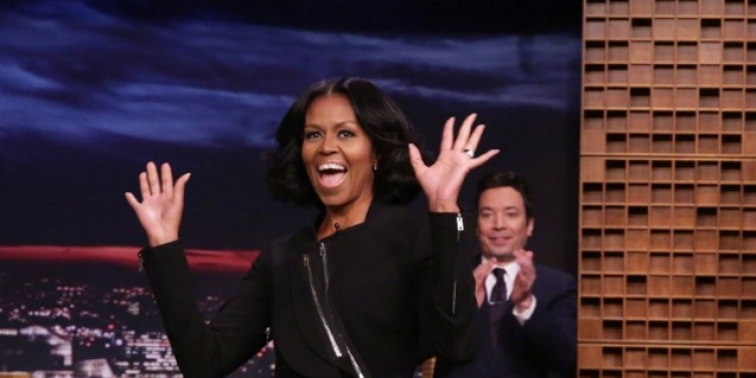 Spotted: Michelle Obama Mengenakan Givenchy