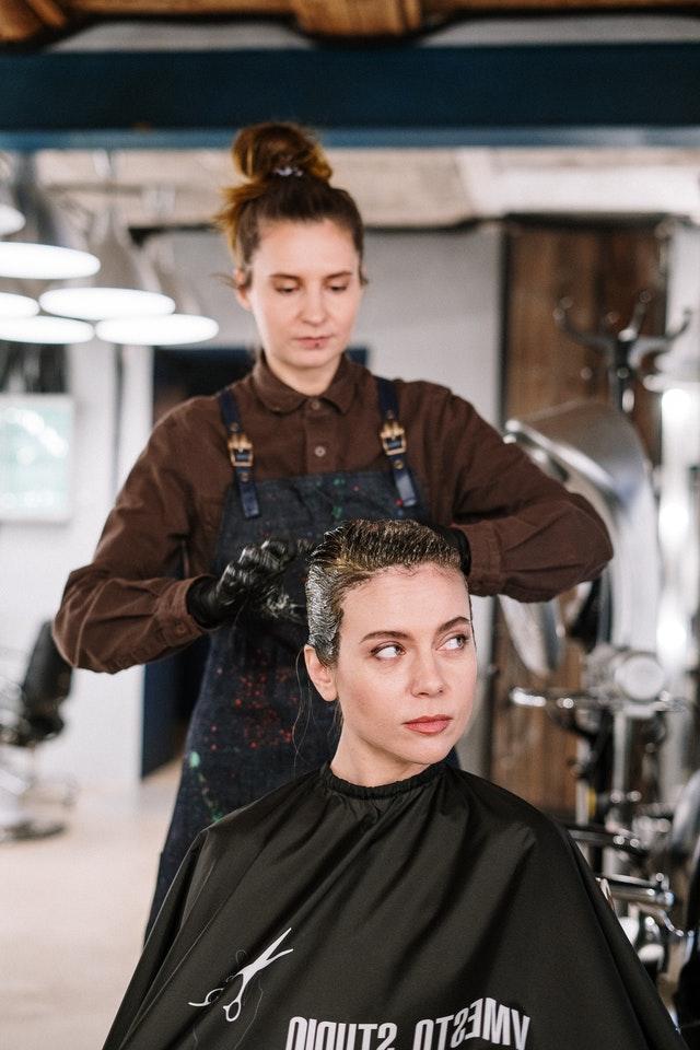 cara bleaching rambut pendek