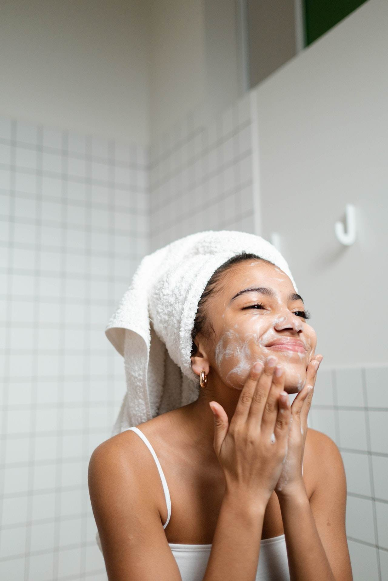 Produk Skincare Wajib Sebelum Berolahraga