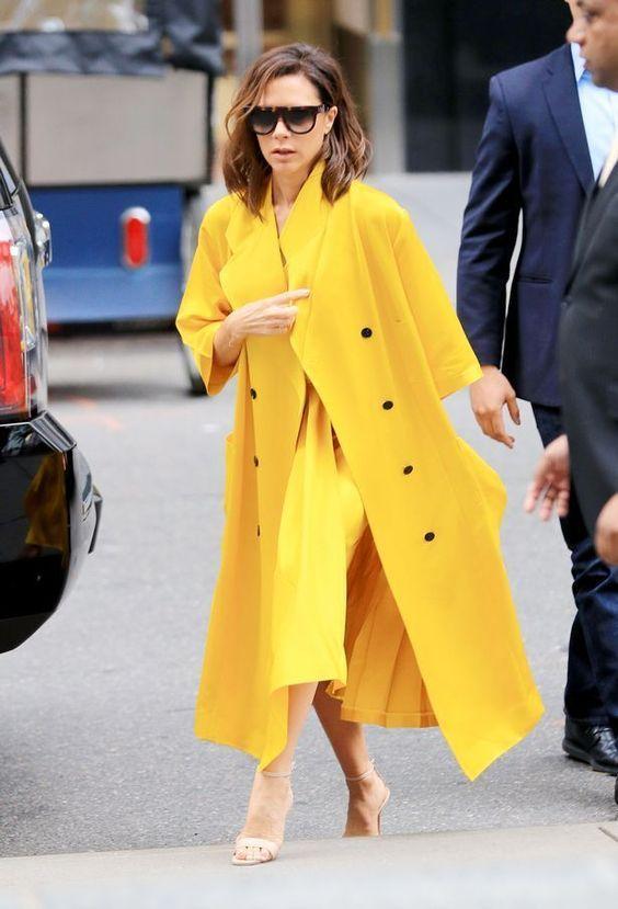 Warna baju kuning