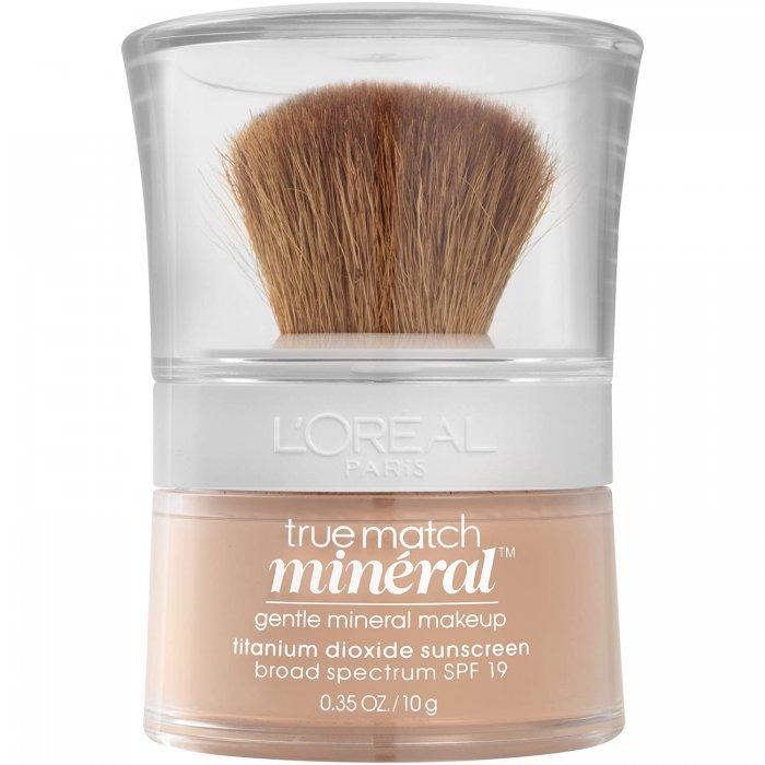Foundation untuk kulit berminyak dan berjerawat: rekomendasi produk