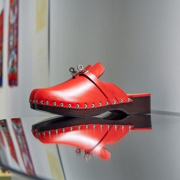 model sandal wanita yang lagi trend