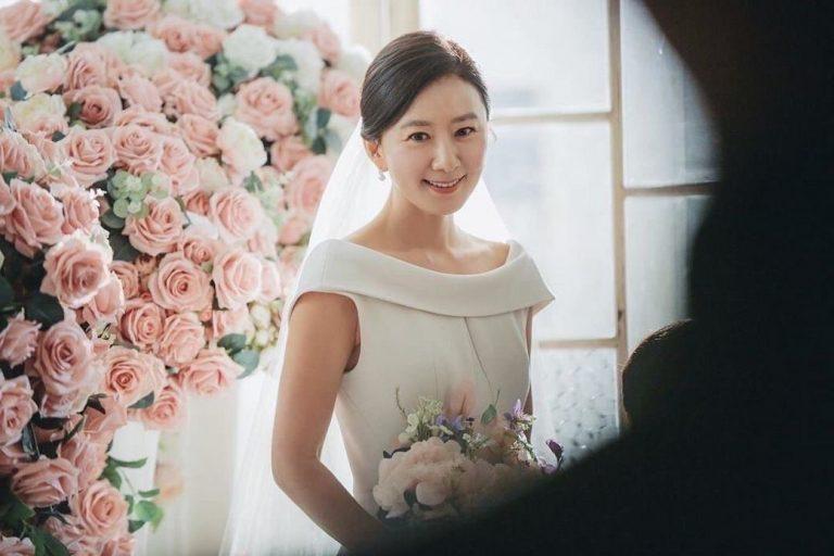 Gaun pernikahan dari drama Korea