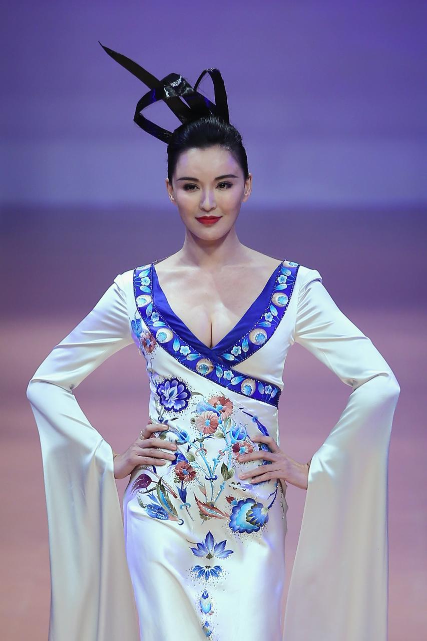 Keunikan Budaya Timur