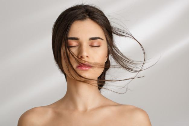 10 Kebiasaan Buruk Yang Dapat Menyebabkan Kerontokan Rambut