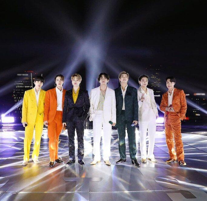 BTS Tampil Memukau Di Grammy Award 2021
