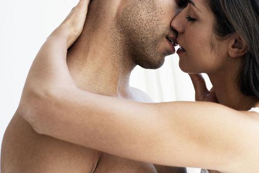 5 Gaya Ciuman Terbaik (versi kami)
