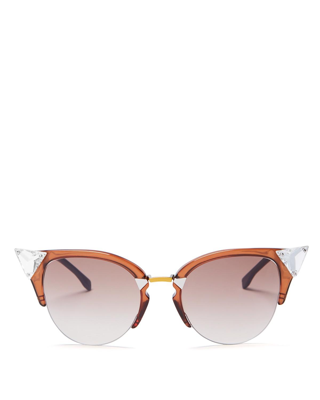 5 Round Sunglasses yang Cocok dengan Semua Bentuk Wajah