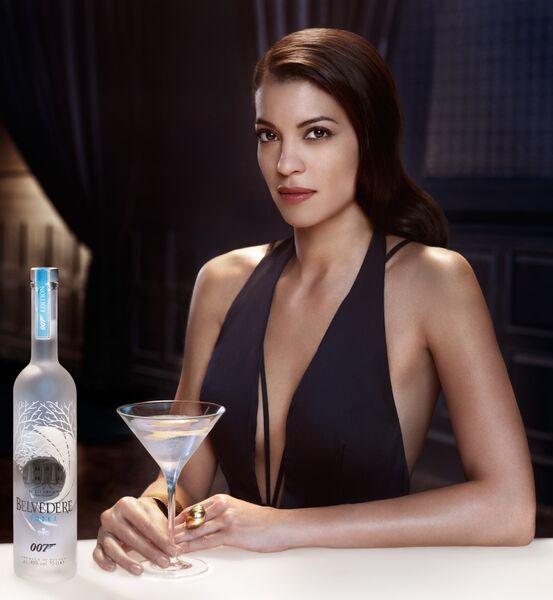 Nikmati Langsung Koktil Martini Favorit James Bond