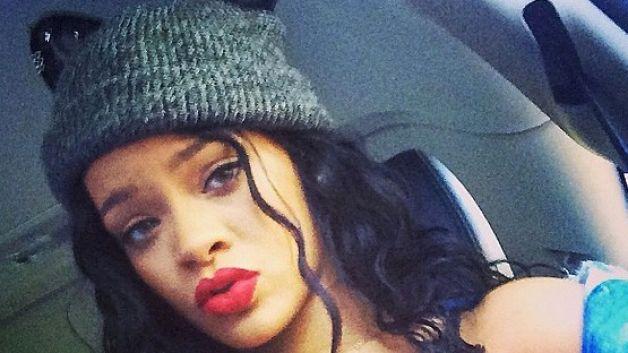 Rihanna Kembali di Sosial Media