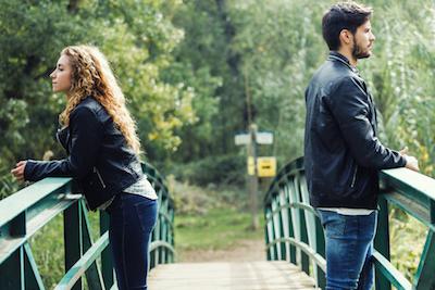 Tanda-Tanda Hubungan Tidak Akan Bertahan Lama