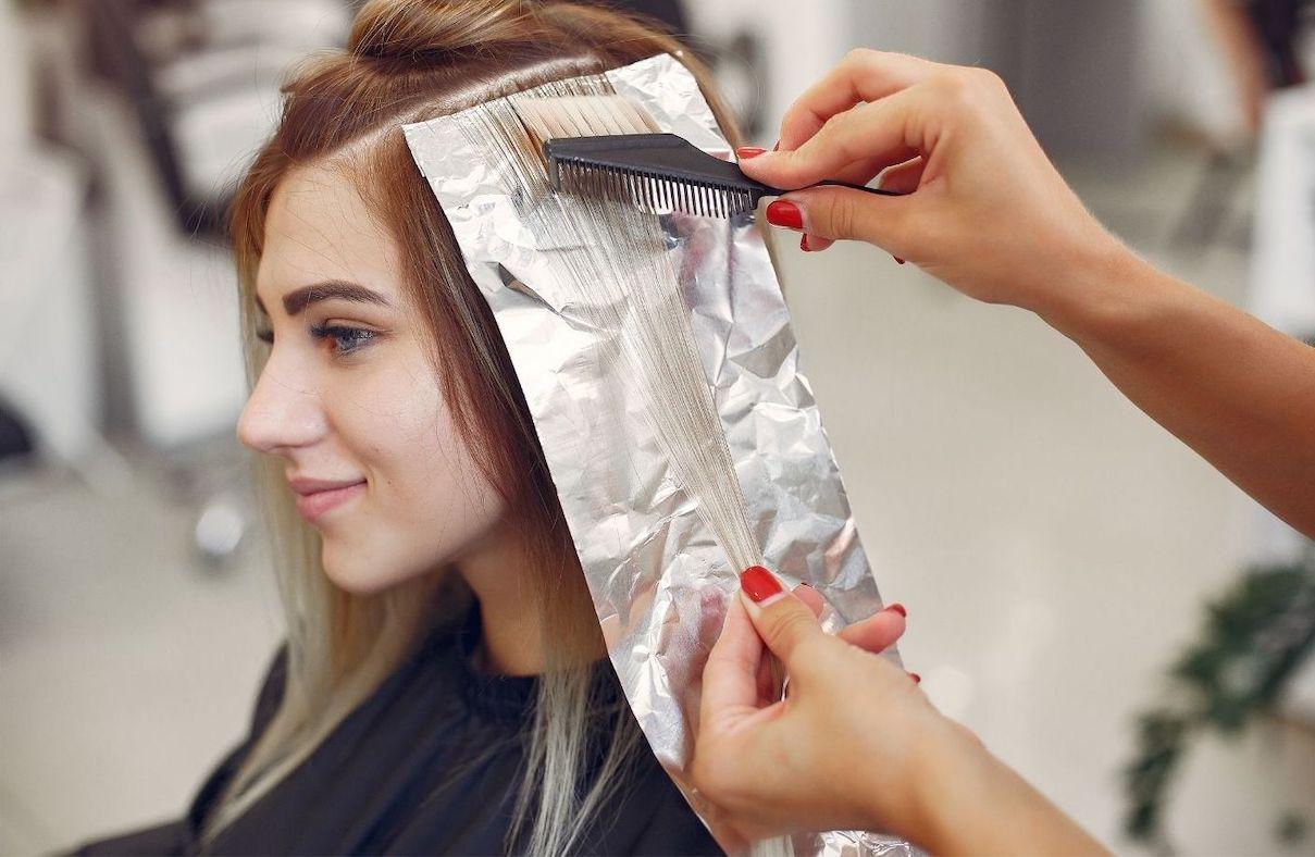 Cara Menghilangkan Bleaching Rambut