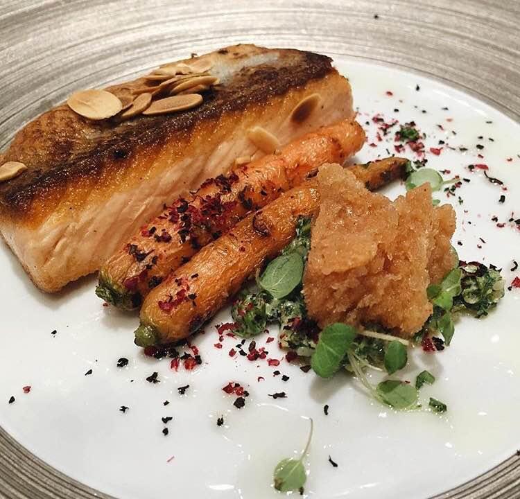Nikmatnya Makanan Bercampur Teh di Huize van Wely