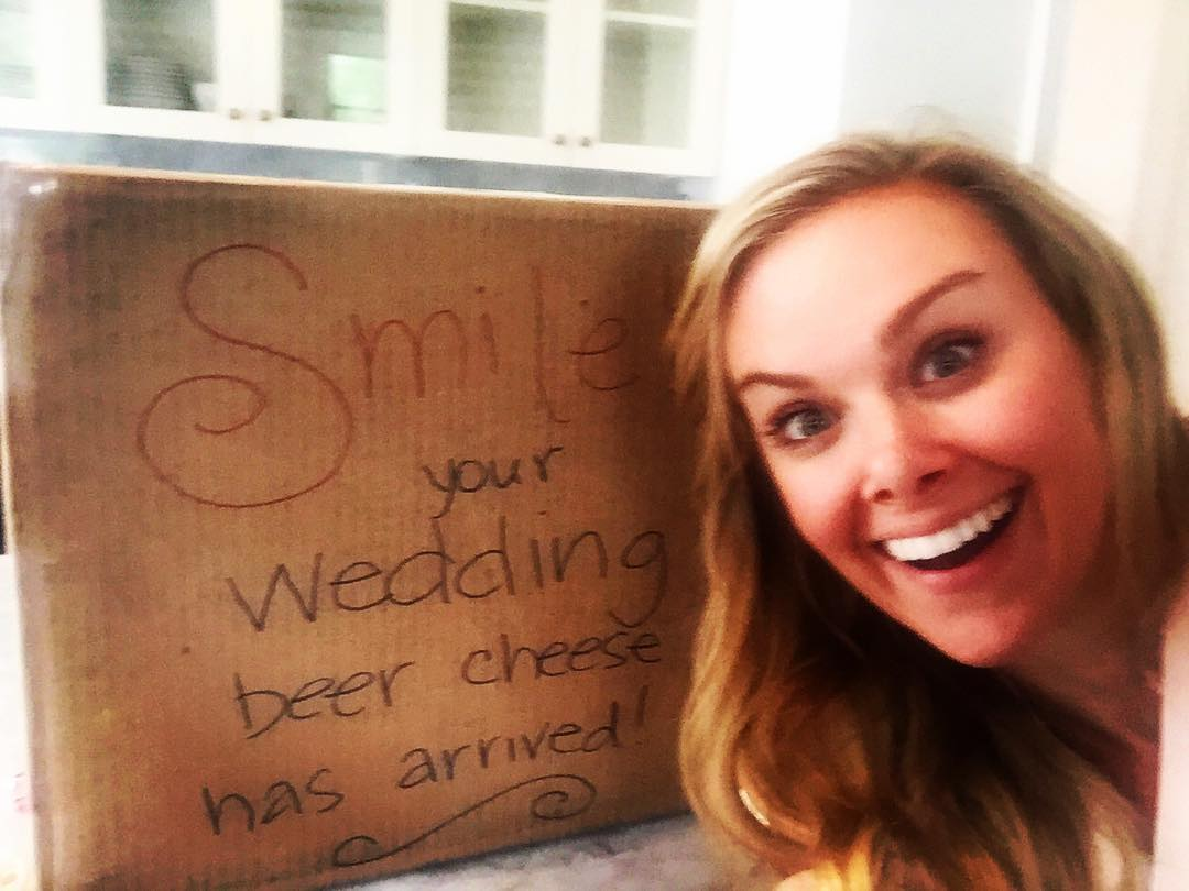 Laura Bell Bundy Telah Menikah!