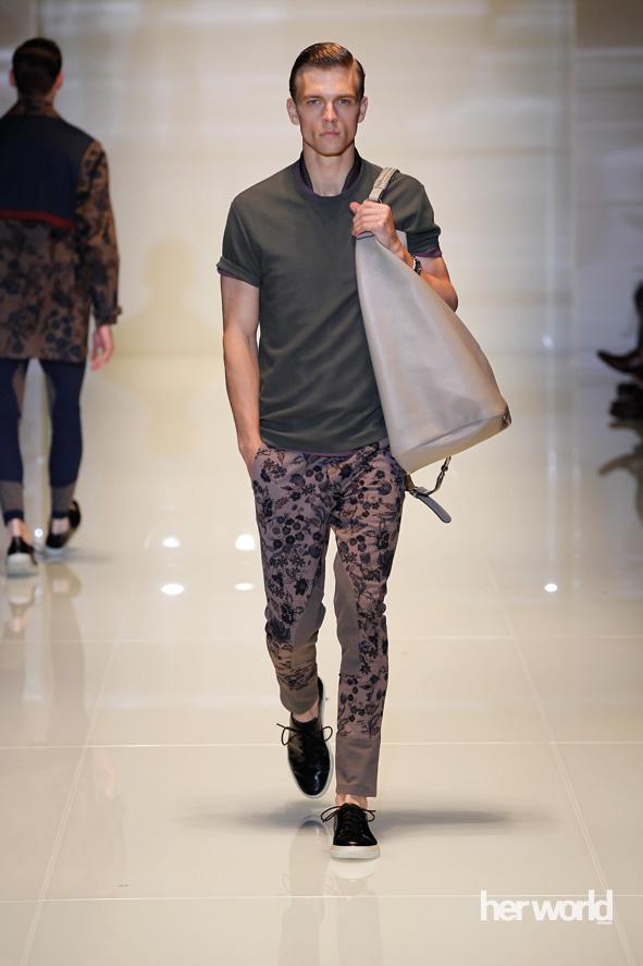 Perpaduan Formal dan Kasual Gucci