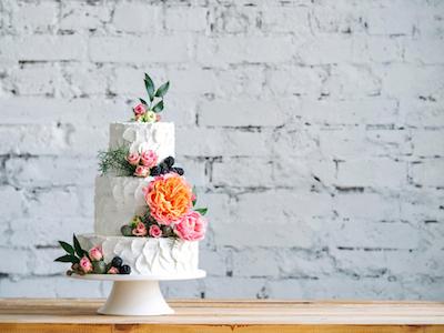 8 Fakta Unik dan Menarik Tentang Kue Pernikahan
