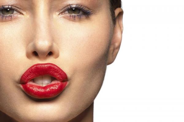 Intip Kepribadian dari Warna Lipstik