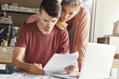 Cara Mengatasi Masalah Keuangan Bersama Suami