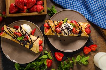 Cara Membuat Crepe Vanilla Spesial Valentine