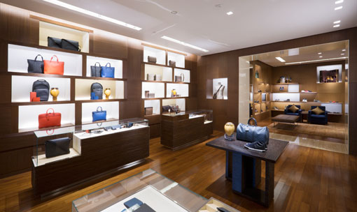 Tampilan Baru Butik Louis Vuitton Plaza Senayan