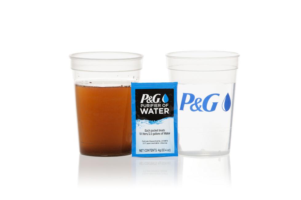 P&G Bersama Indomaret Berbagi Air bersih Layak Minum