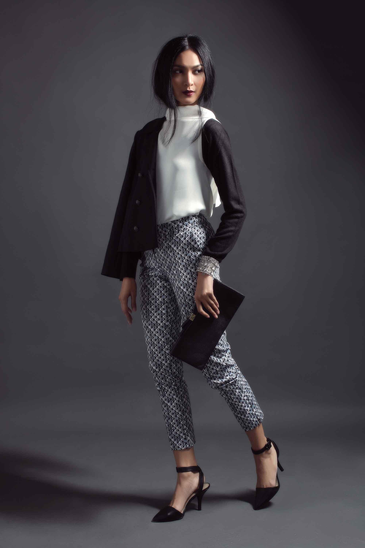 Inspirasi Gaya Celana Motif untuk Musim Gugur