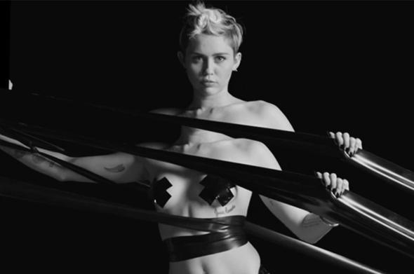 Miley Cyrus Menjadi Bintang Film