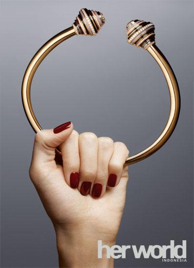 Kalung Paris Nouvelle Vague dari Cartier
