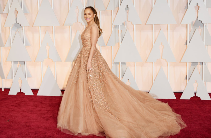 We Love: Jennifer Lopez Academy Awards 2015 Red Carpet