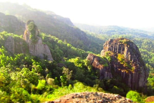 Tren Wisata Baru Tahun Ini: Gunung Api Purba