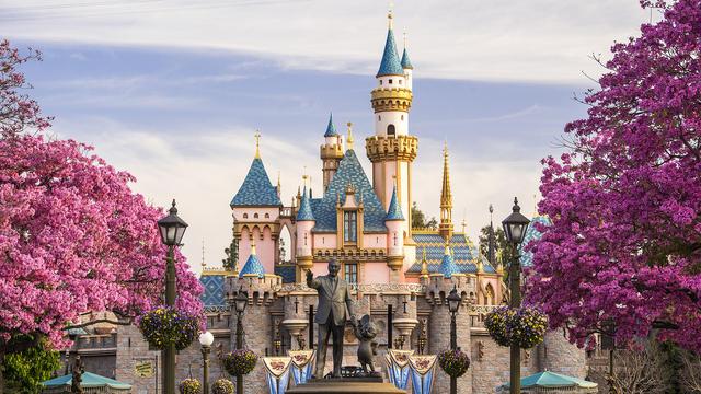 Rekomendasi Restoran di Disneyland yang Wajib Dicoba