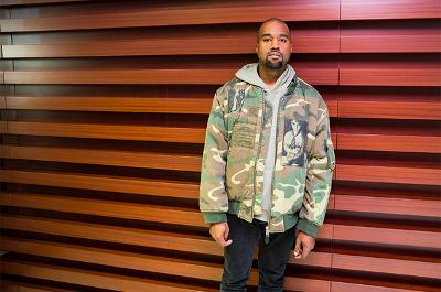 Kanye West Menjadi Penutup Paris Fashion Week