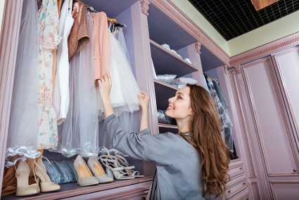 Tips Menata Lemari Pakaian yang Benar