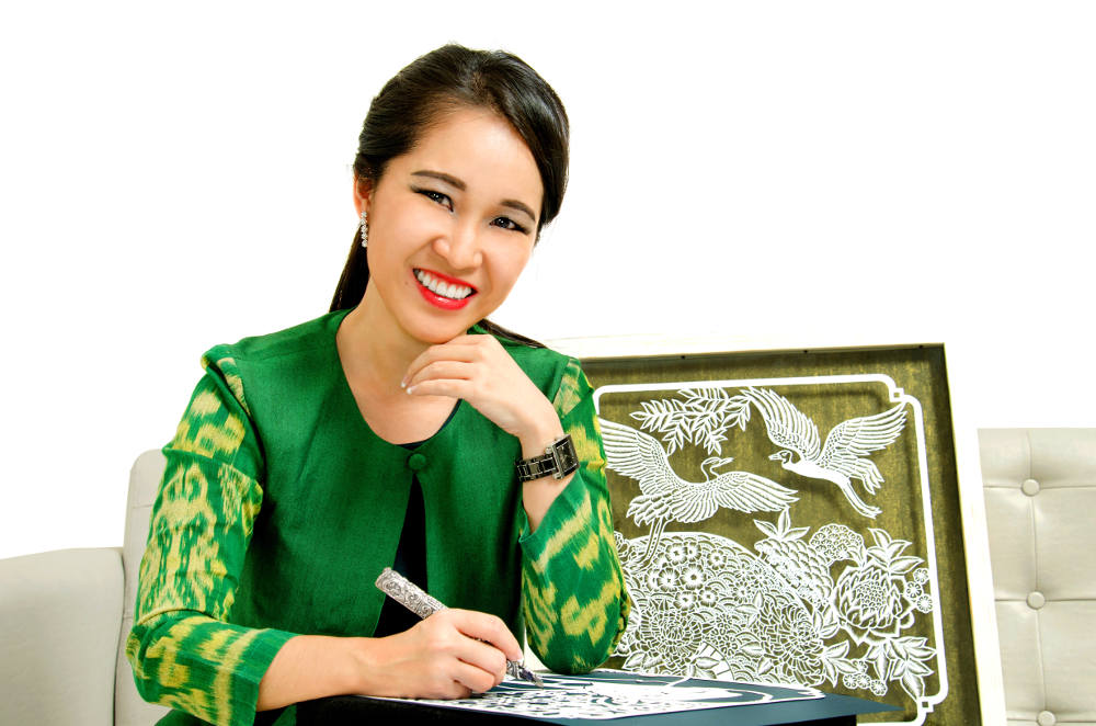 A Chat with Dewi Kocu: Kreasi Indah 'Paper Cutting'