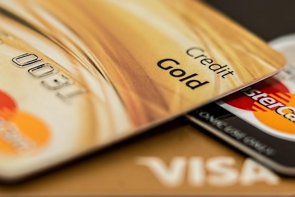 Berkenalan Lebih Dekat Dengan Kartu Kredit