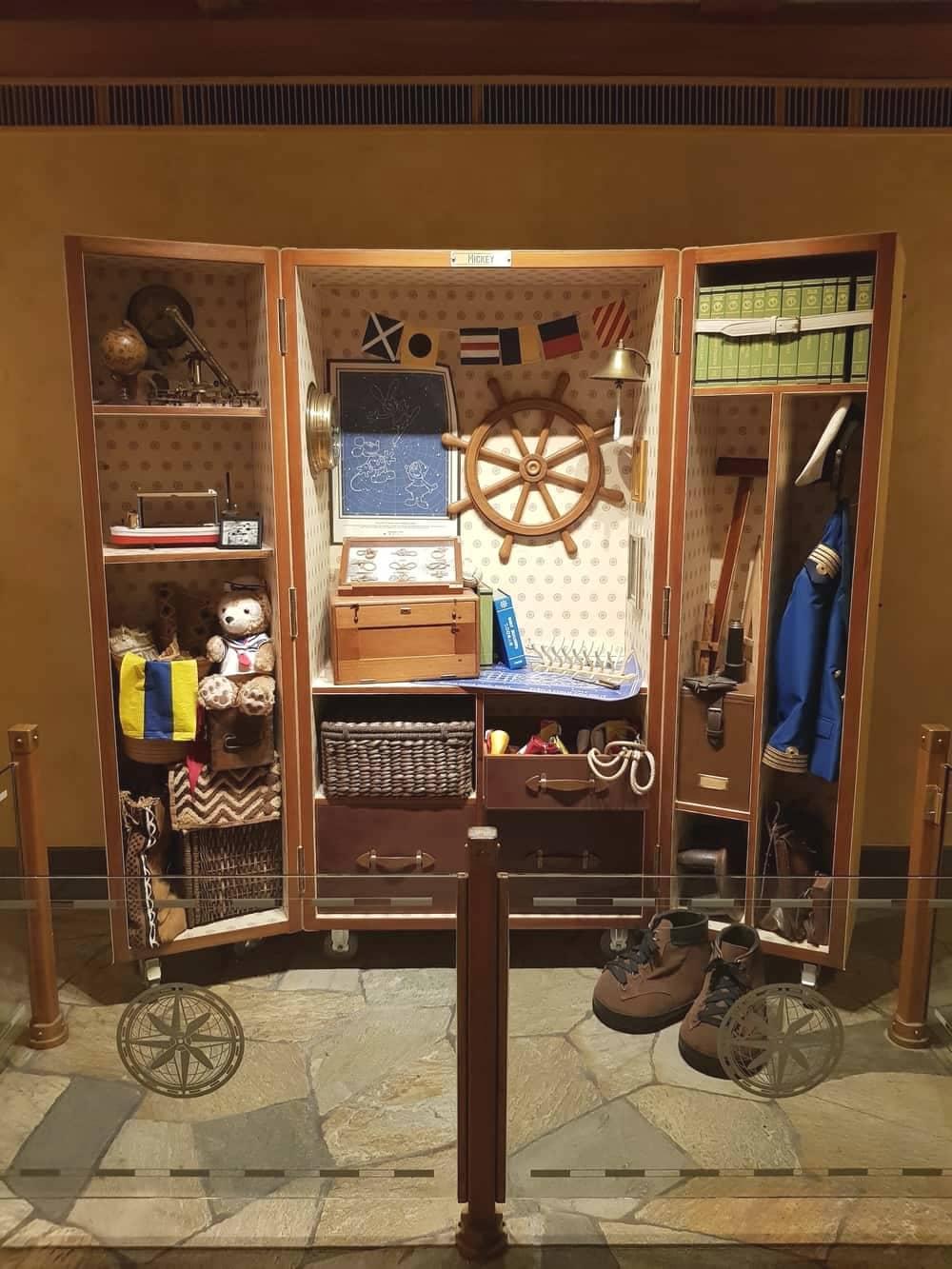 Berpetualang Seru di Hotel Disney Explorers Lodge