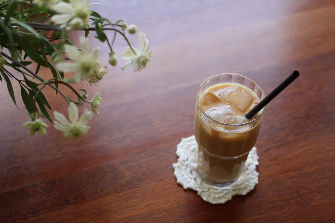 Cara Membuat Es Teh Susu dengan Cincau untuk Buka Puasa