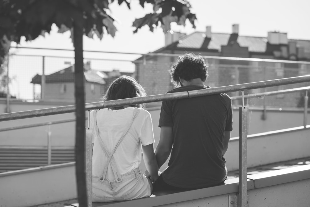 Cara Menolak Sahabat yang Ingin Menjadi Pacar Anda