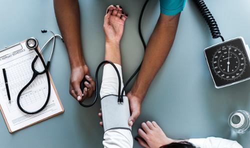 Cek Rutin Tekanan Darah Dapat Cegah Risiko Demensia