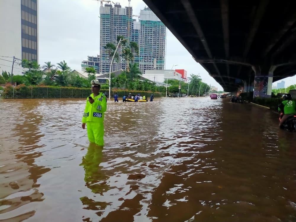 Deretan Aplikasi & Portal Penyedia Info Banjir Jakarta