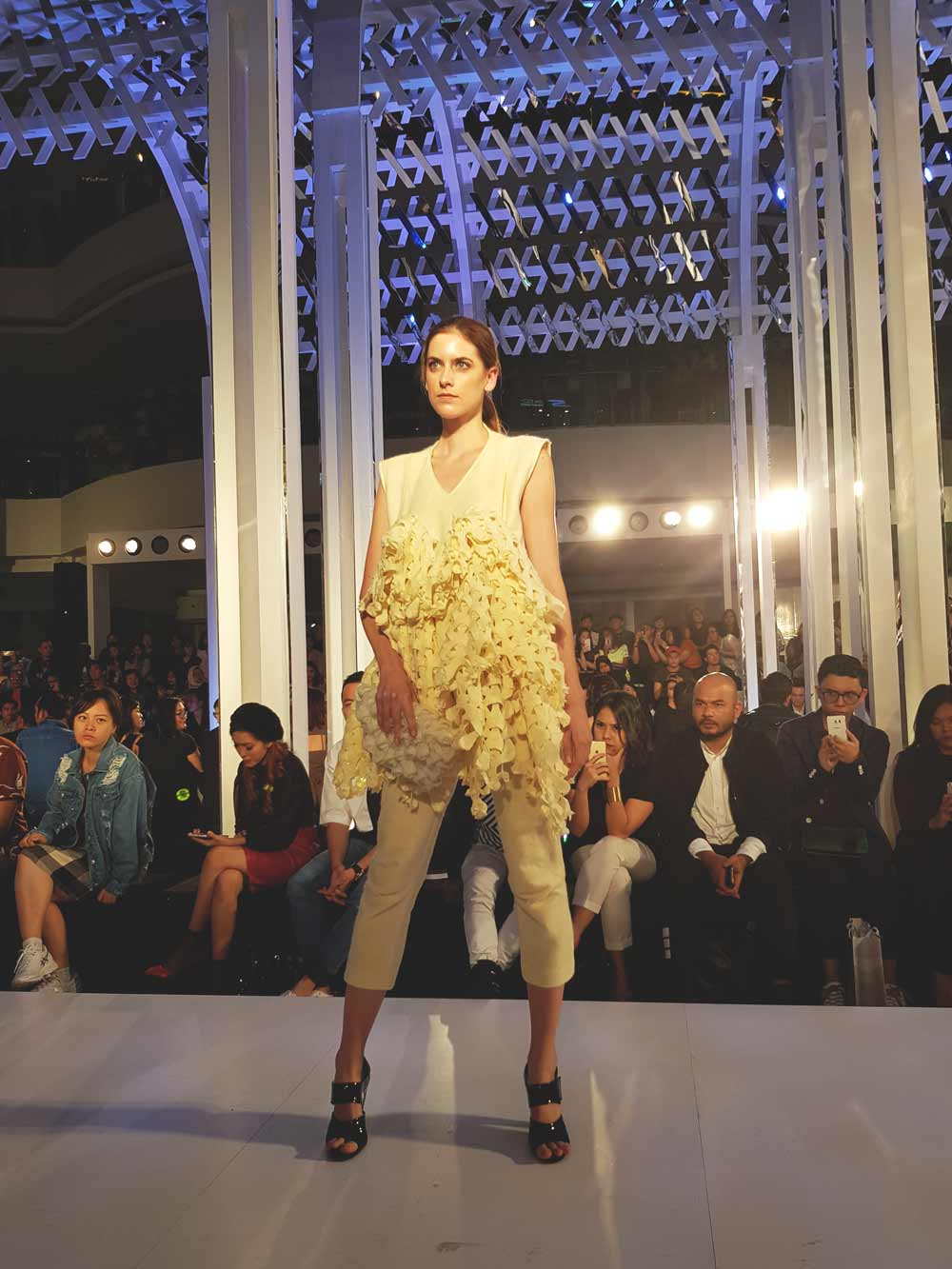 Deretan Desainer Muda Meriahkan Panggung Fashion Nation