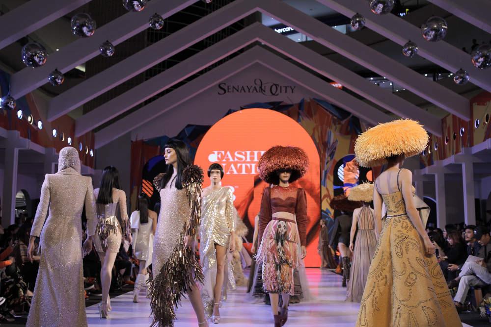 Dua Desainer Ternama Membuka 'Fashion Nation' Tahun Ini