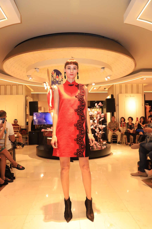 Dua Koleksi Cantik di 'Fashiontastic Lunar New Year'