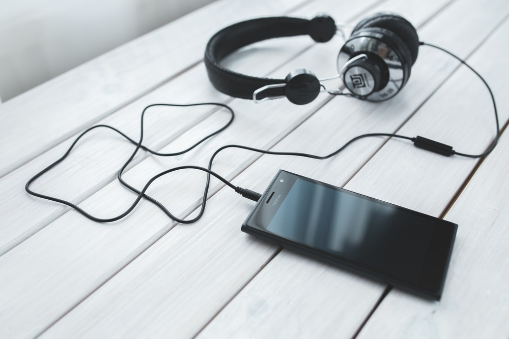Gaya Baru Menikmati Podcast Dengan 'Audio Playbook'